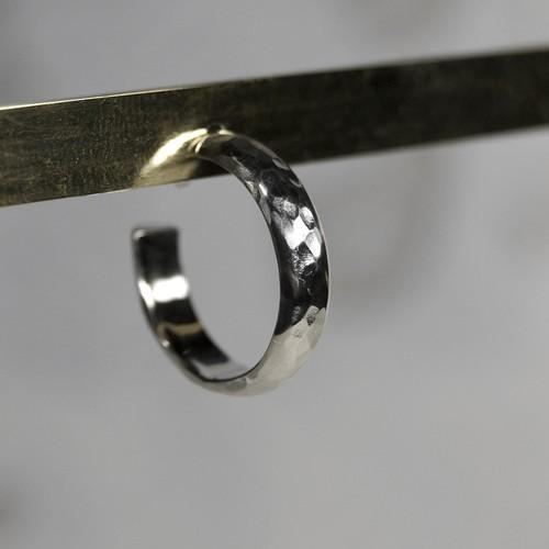 シルバープレーンフープピアス 4.0mm幅 槌目|WKS PLANE HOOP PIERCED EARRING 4.0 sv hammer|FA-387