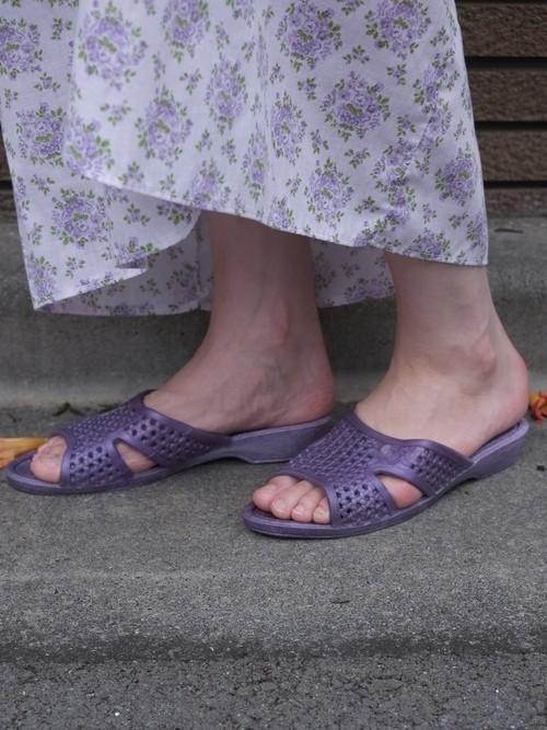 purple roses vinyl sandal.