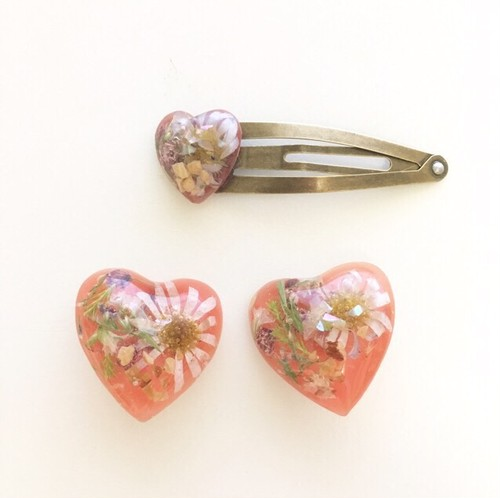 mellow / umber heart earing (pink)
