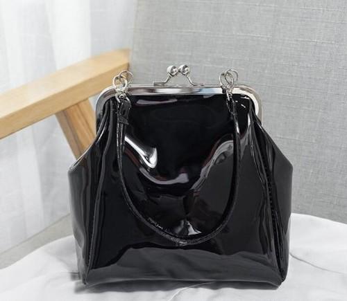 ガマ口タイプ ブラックミニハンドバッグ