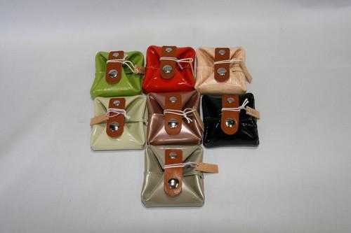 レザー変形ボックス型コインケース