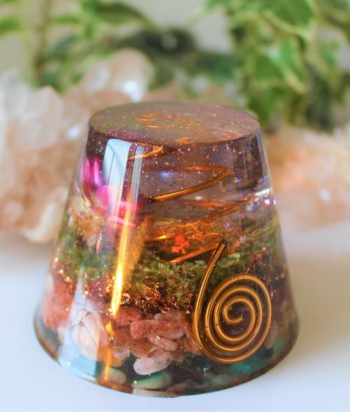 【魂の色】(完全オーダーメイド:円錐台(L)&ヒマラヤ産水晶)※写真はサンプルイメージ