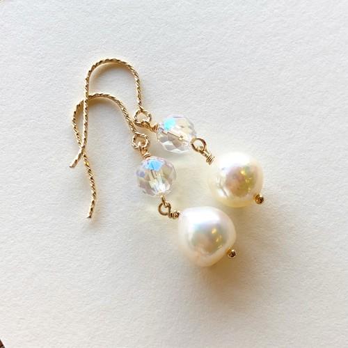 虹とユニコーンは人生を愛と幸せに変える「越し物アコヤ真珠と幸運の前触れレインボーオーラクォーツのピアス」