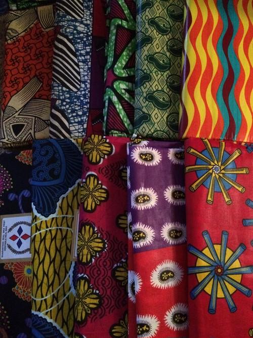 アフリカプリント布【おまかせシンプル20種類】