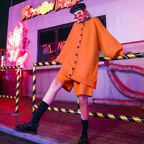 ★UNISEX    ルーズフィットボタンニットハーフパンツセットアップ 韓国ファッション