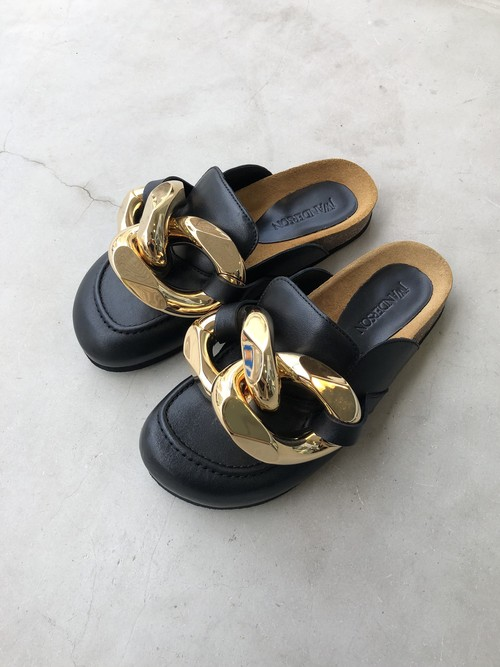【20AW】JW ANDERSON ジェーダブリューアンダーソン / Chain-embellished leather mules