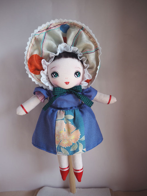 絹文化人形 (No.17)