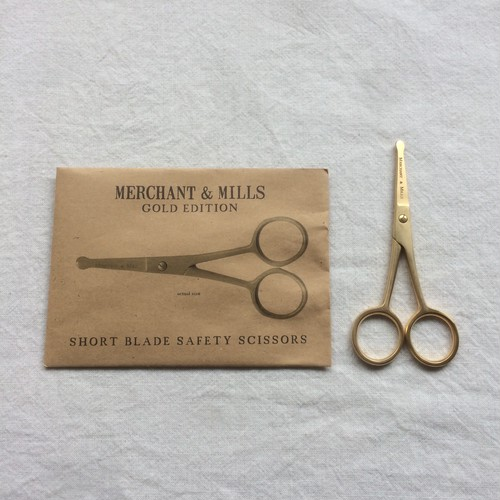 Merchant & Mills / short blade gold scissors