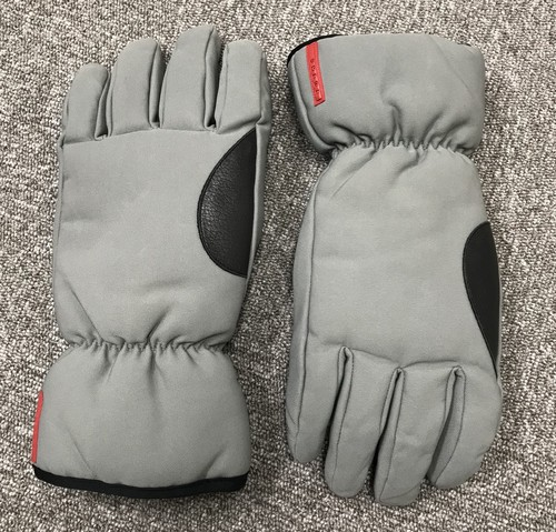 2000s PRADA WINTER GLOVES