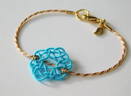 水引と組み紐のブレスレット あわじ編み color:ライトブルー