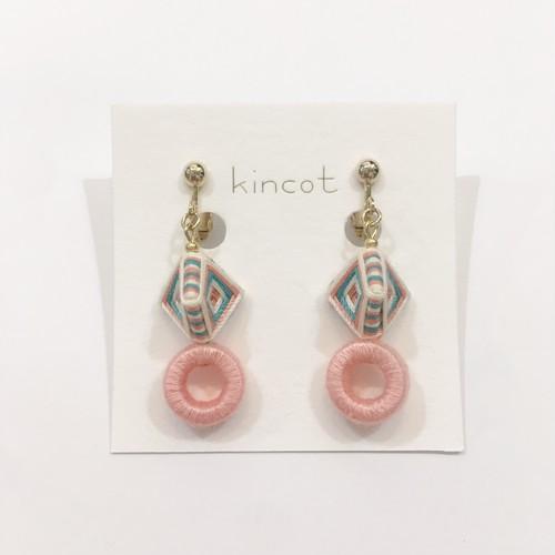【kincot】糸巻きフープイヤリング(ベビーピンク)パーツ交換可能