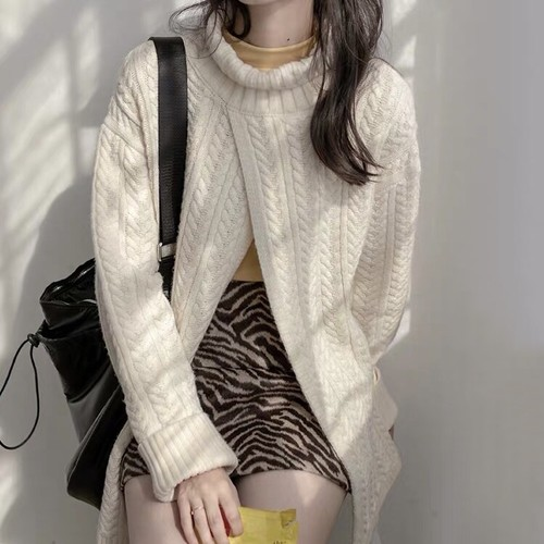 over size slit sweater 2c's