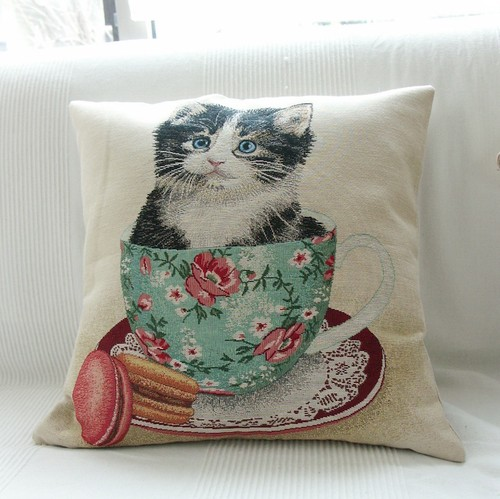 Cat Motif イタリア製ゴブラン生地クッションカバー