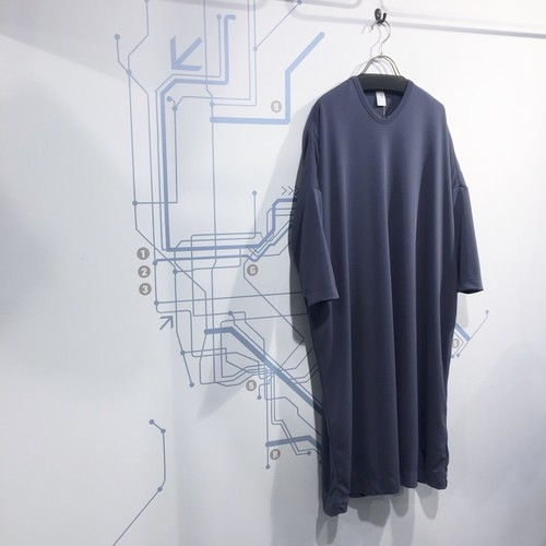 NO CONTROL AIR 【ノーコントロールエアー】 Triacetate & Polyester cardboard like double knit one-piece