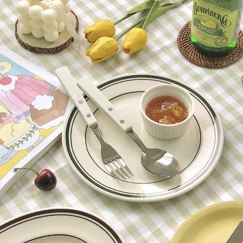 casual white cutlery set / カジュアル  ホワイト カトラリー セット フォーク ナイフ スプーン 韓国 北欧 雑貨
