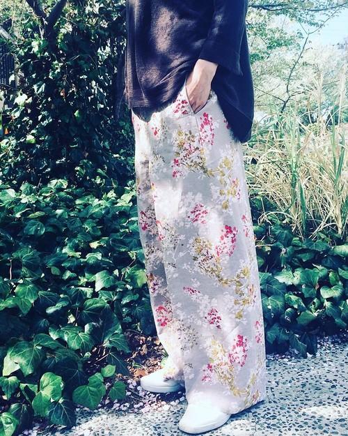 リラックス ワイド * Linen パンツ 〜 ロビニアの花