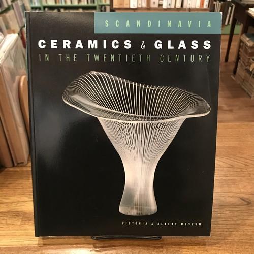 CERAMICS & GLASS IN THE TWENTIETH CENTURY / Jennifer Opie