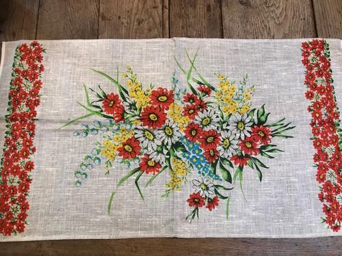 昭和レトロ花柄ポーランド製リネンキッチンクロス 赤