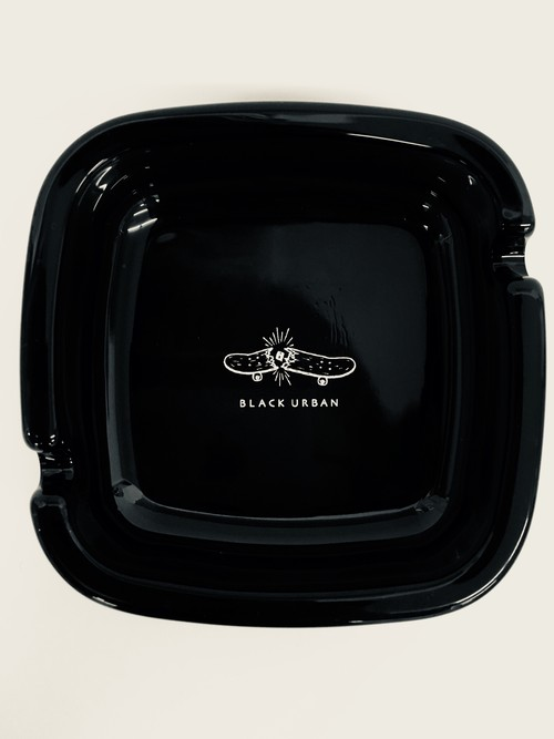 BLACK URBAN ASHTRAY SKATE