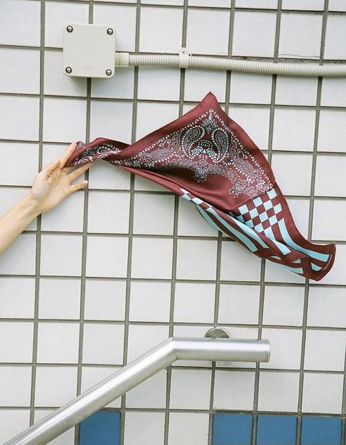 【20AW】LASTFRAME ラストフレーム / BANDANA SILK SCARF (BORDEAUX×AQUA)