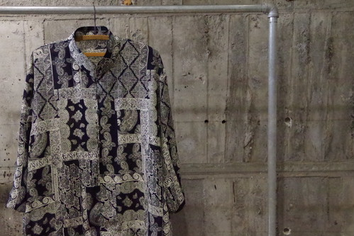 Design paisley pattern stand shirt(USED)
