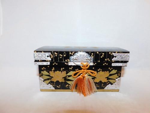 お雛様のお道具(長持) dressing box( No13)