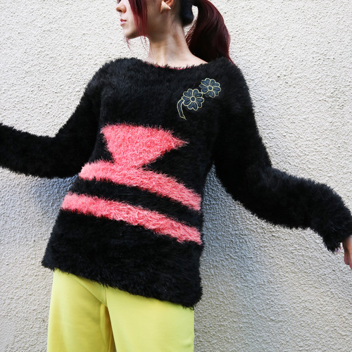 Euro shaggy knit sweater【Black × pink】