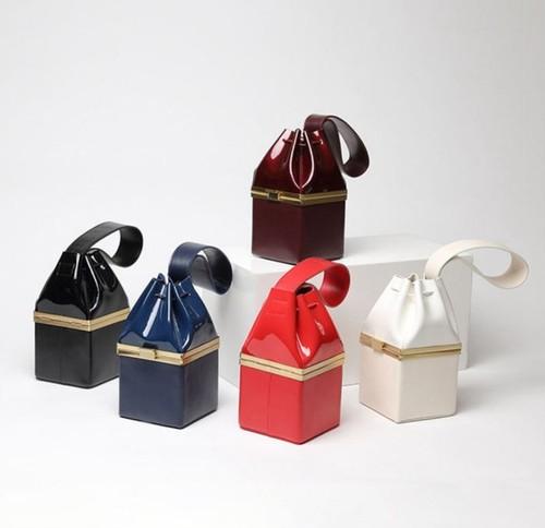 Grossy leather box type mini handbag