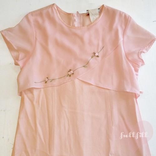 ピンクの小薔薇付きワンピース【アメリカ古着】