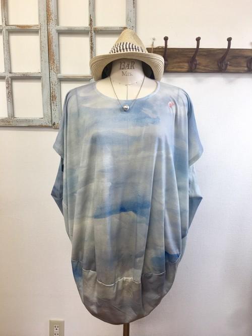 再販×6 気球に乗ってどこまでも❤️青空と気球の丸型チュニックTシャツ(サイズフリー L〜 L L)※受注生産