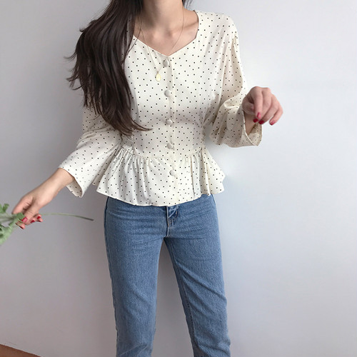 back ribbon dot blouse