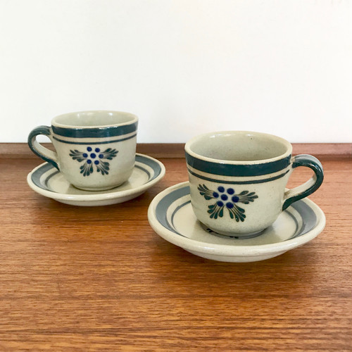 Vintage Hand painted Pottery Demitasse C&S オランダ