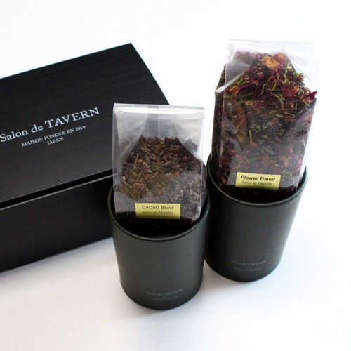 Salon de TAVERN TEA SET / Cacao + Flower Brand