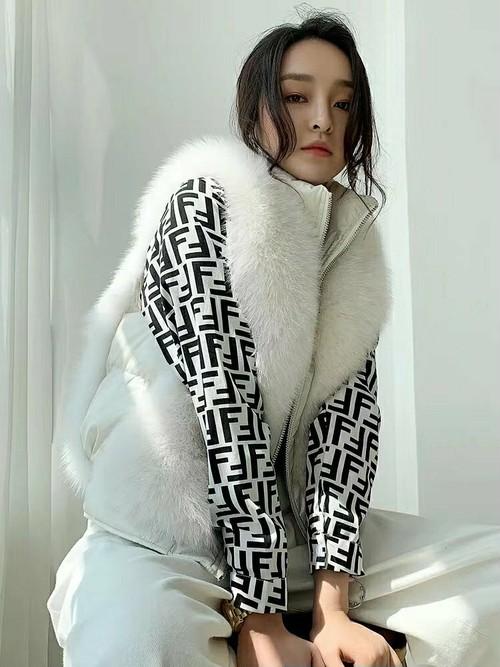 スムードフェイクファーベスト ファーベスト ベスト ファー 韓国ファッション