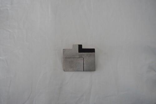 shima 銀彩ブローチ S 3
