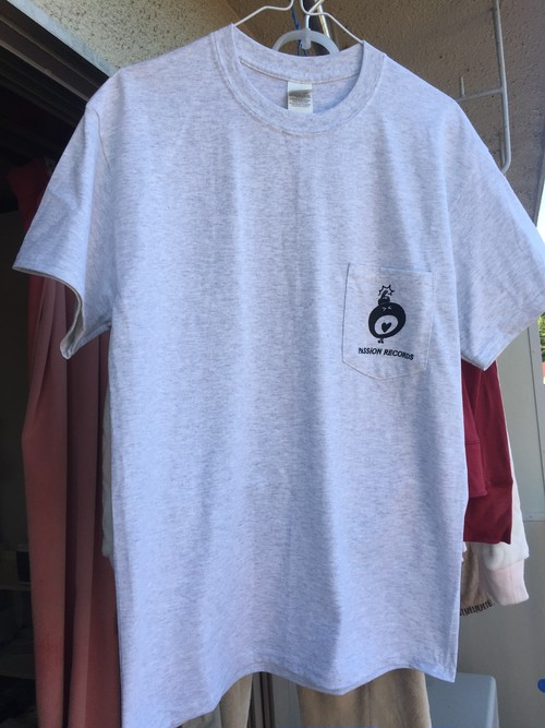 PASSiON RECORDS POCKET Tシャツ