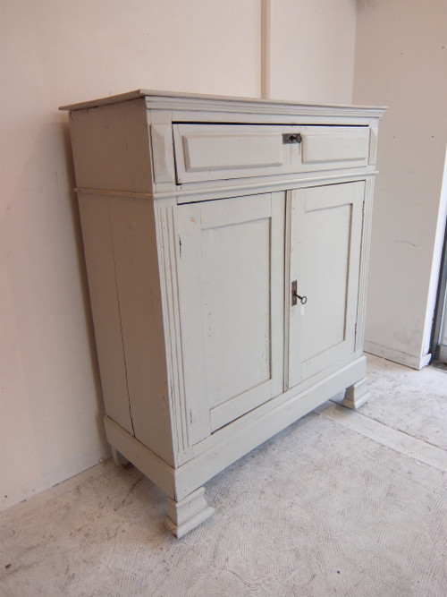 Holland Old Pine Paint Console Chest