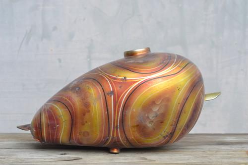 ピーナッツタンク 黄~赤うねり模様
