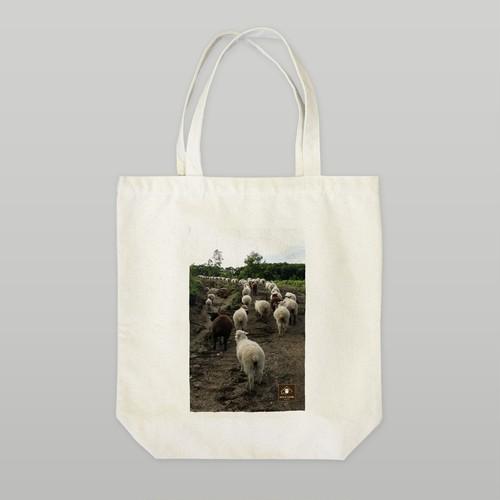 羊の行進 トートバッグ