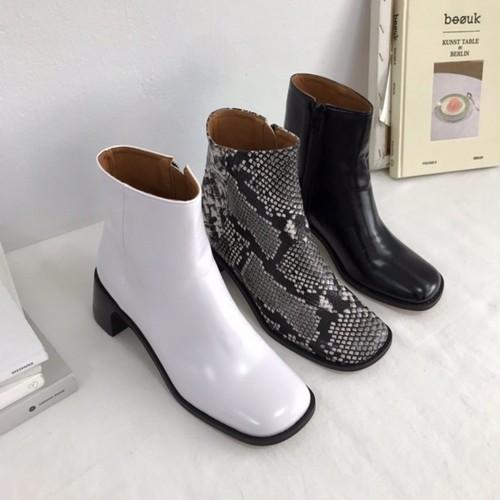 予約注文商品 トゥースクエアミドルハイアンクルブーツ アンクルブーツ ブーツ 韓国ファッション