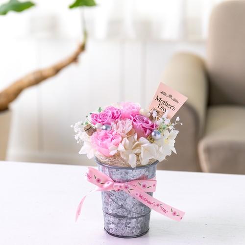 バラがいっぱい ピンクのプリザーブド アレンジメント/母の日、お祝いやお返しなどに