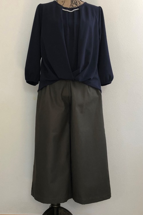 SOLD OUT  チノクロス ワイドパンツ*カーキ*