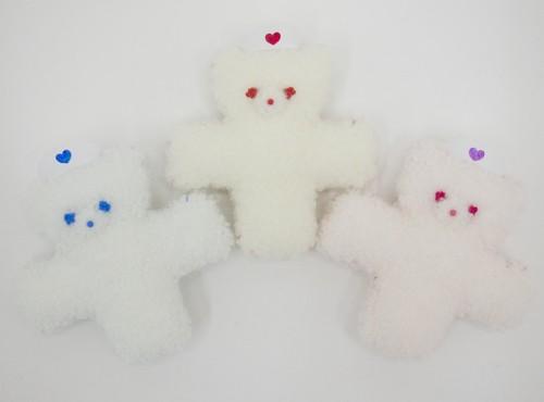 「ペヘモリッケ病院ぬいぐるみ」(ブローチ/バレッタ)