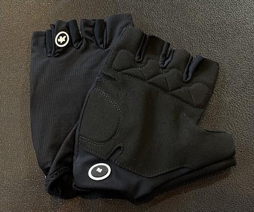 【フリー】ASSOS (アソス) ■ Aero SF Gloves Black