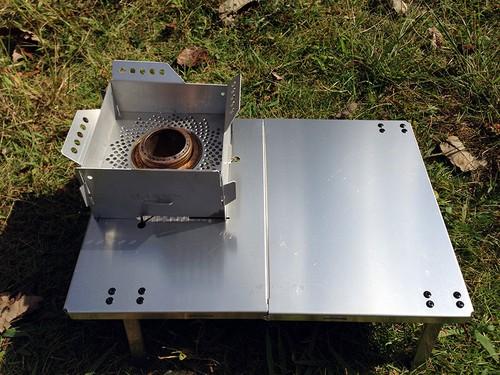 スクエアゴトク風防+テーブルセット  渦巻き状別注デザイン (アルコールストーブは含まれません)