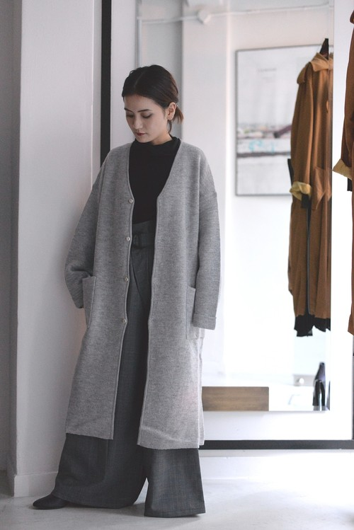 ROOM211 /  knit gown