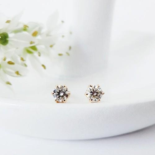 K18 可憐な小粒ダイヤモンドの1粒ピアス 0.05ct x2