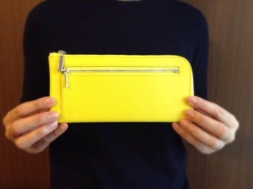 薄くて軽くて大容量な長財布 14ZipWallet 牛革 イエロー Squeeze スクイーズ 日本製