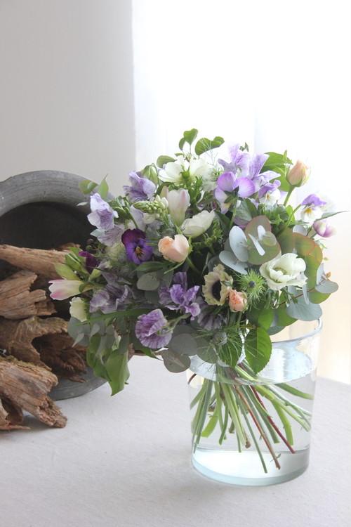お花はラドゥース任せ〜季節の花束 M
