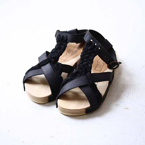 【HOUSE OF THE VERY ISLAND'S】 SANDAL